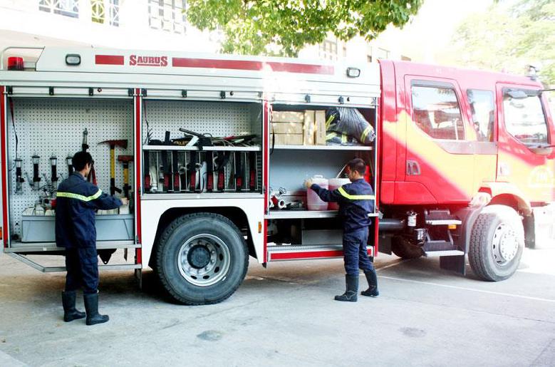 Tìm hiểu về nguyên lý cấp nước, phun hơi nước và bọt foam trên xe chữa cháy